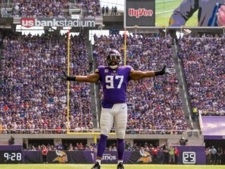 Even Griffen, Vikings, Packers